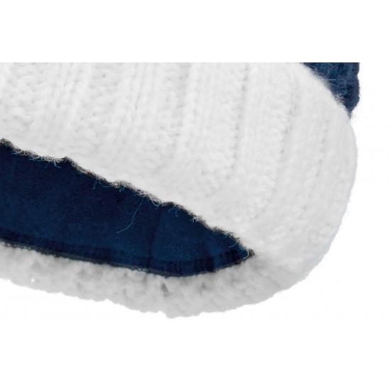 Шапка фактурной вязки с белым отворотом